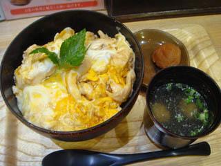 木曽美水鶏 親子丼