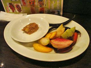 旬の野菜とバーニャカウダ